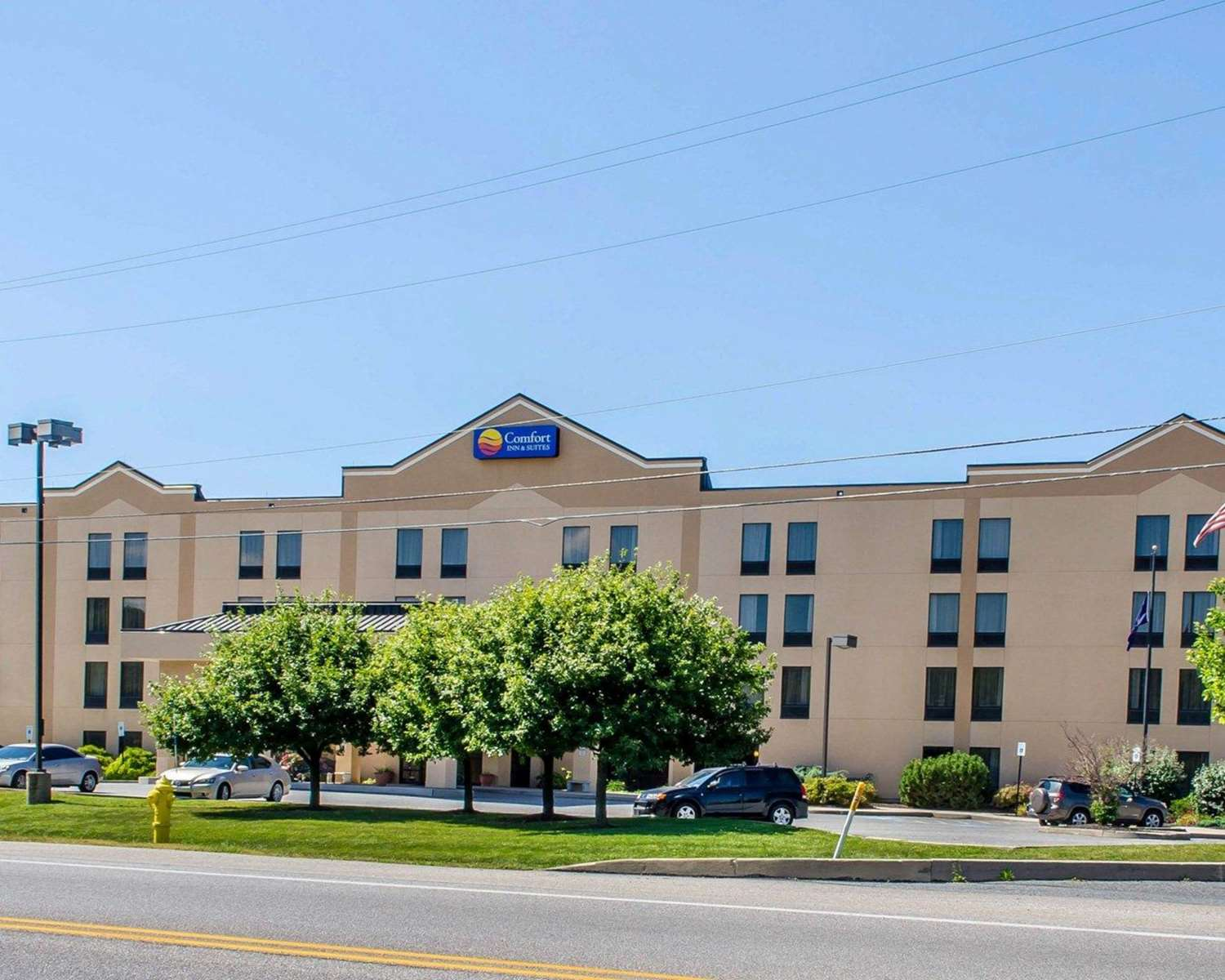 Exterior view - Comfort Inn & Suites York