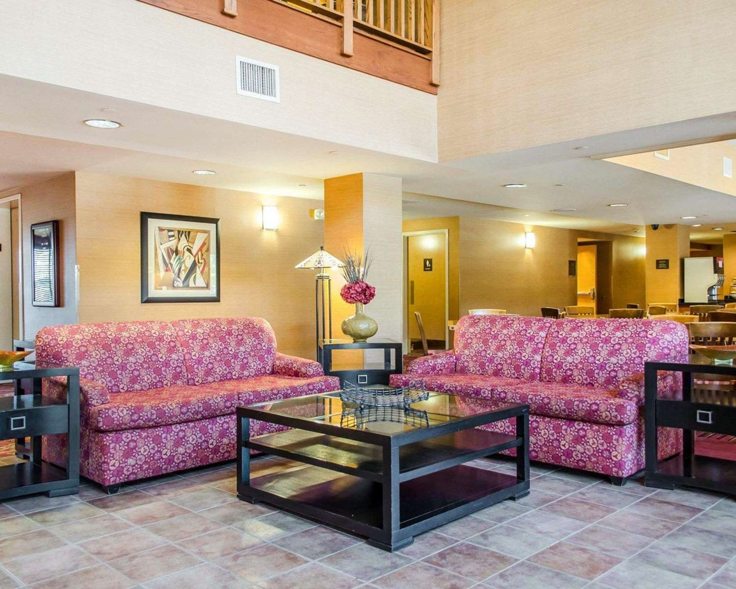 Lobby - Comfort Inn & Suites York