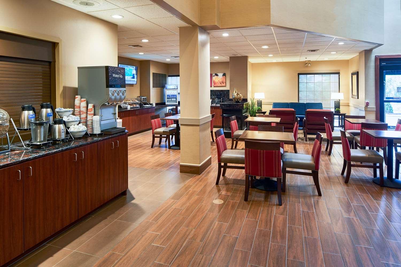 Restaurant - Comfort Suites State College