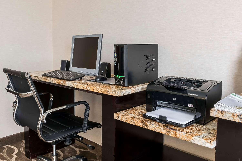 Conference Area - Comfort Inn Pocono Mountain White Haven