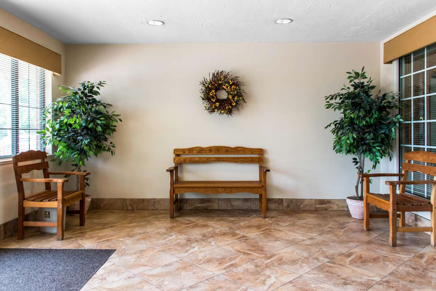 Lobby - MainStay Suites Mountville