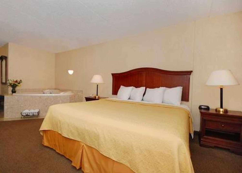 Suite - Quality Inn & Suites Danville