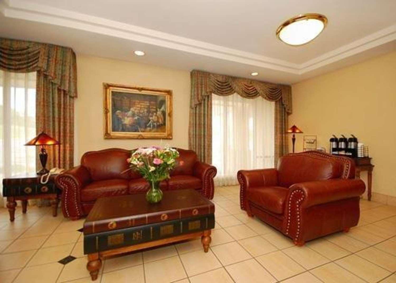 Lobby - Quality Inn & Suites Danville
