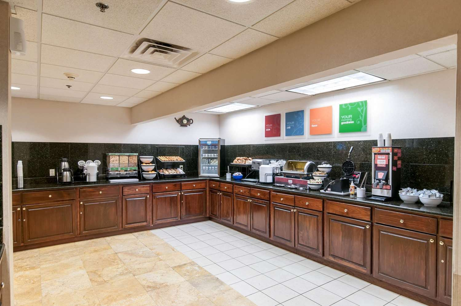 Restaurant - Comfort Inn & Suites Mount Pocono