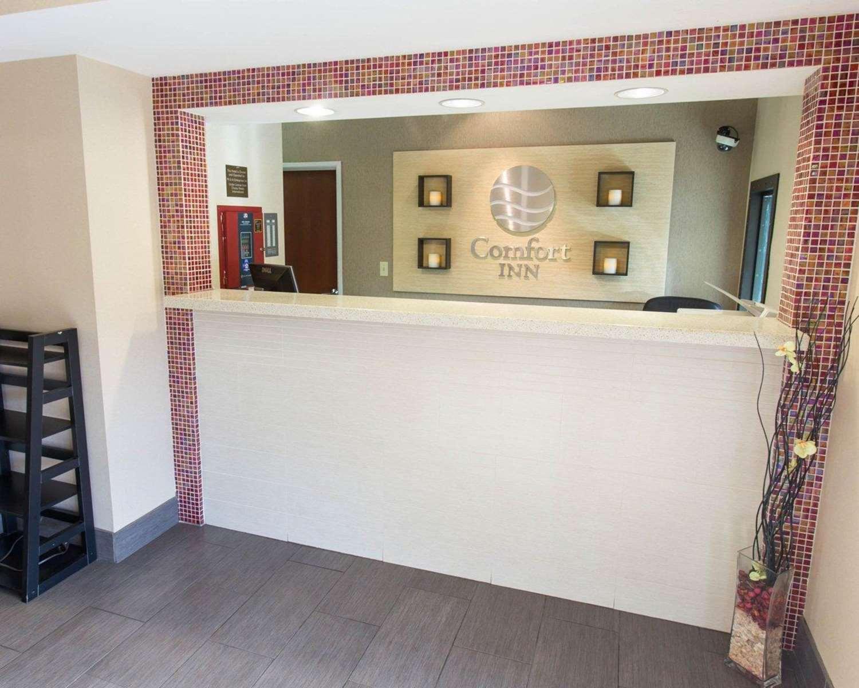 Lobby - Comfort Inn Pittsburgh