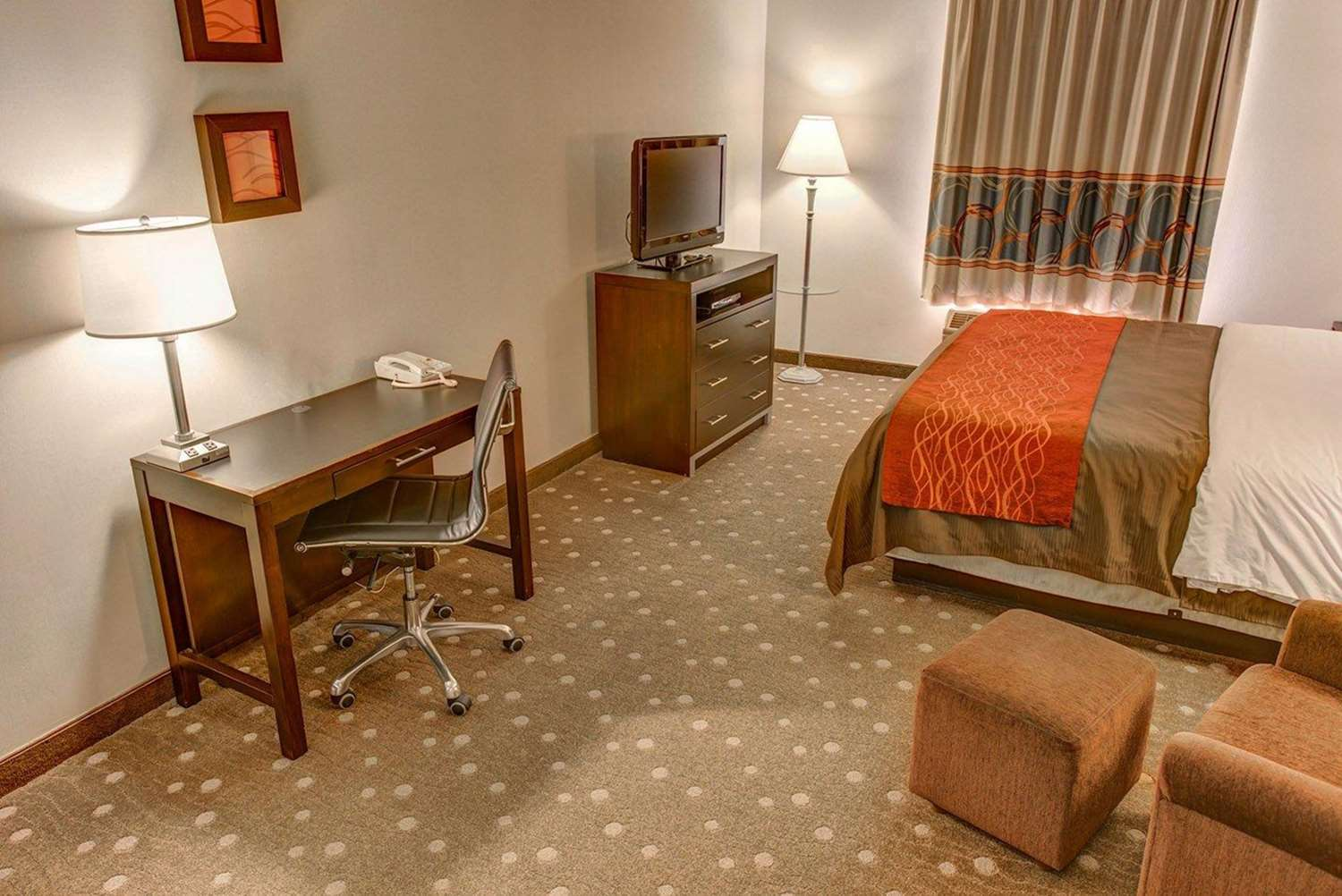 Room - Comfort Inn Pittsburgh