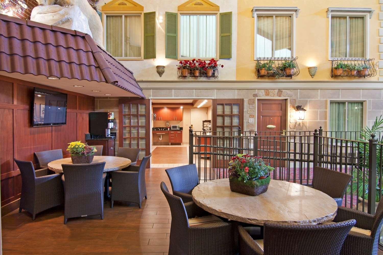 Restaurant - Best Western Plus White Bear Country Inn