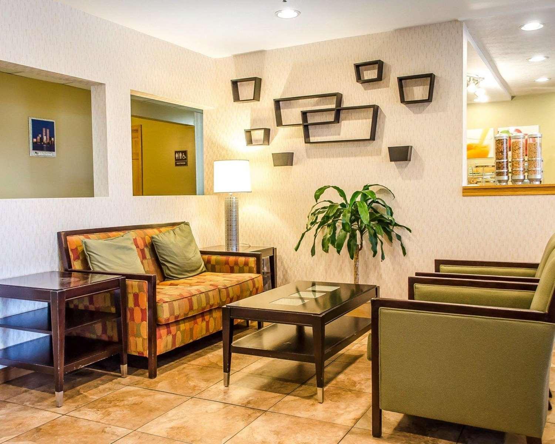 Lobby - Quality Inn Harrisburg