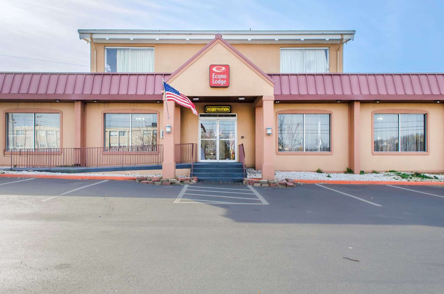 Exterior view - Econo Lodge York