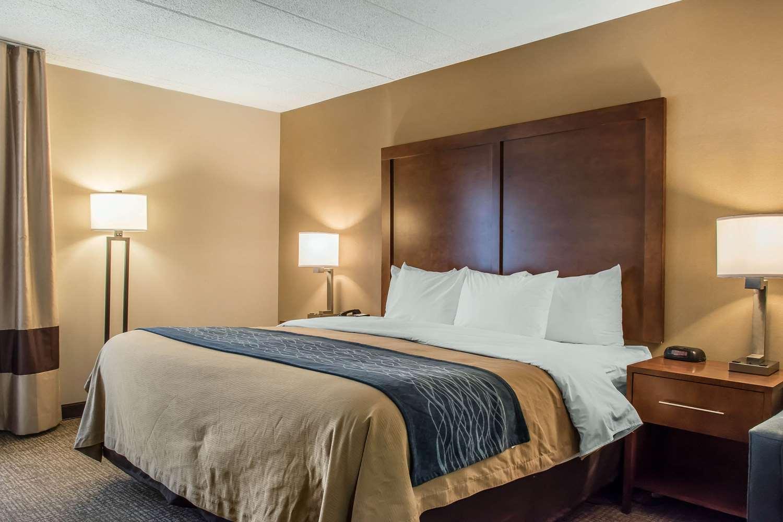 Room - Comfort Inn Clarks Summit