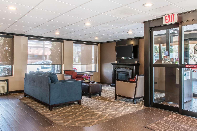 Lobby - Comfort Inn Clarks Summit