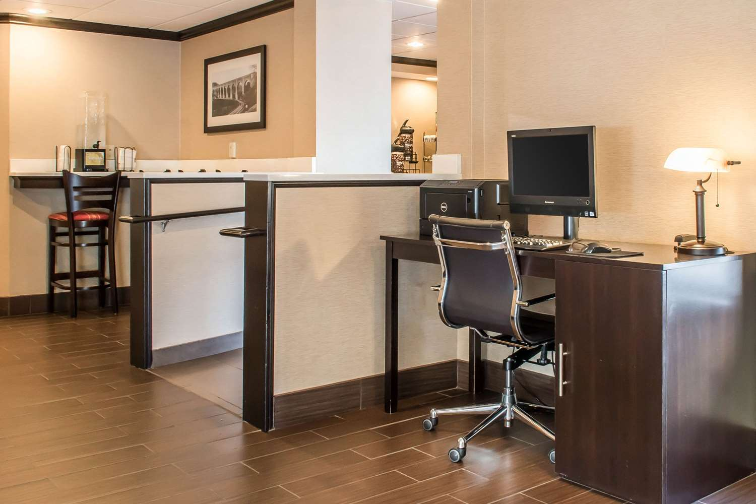 Conference Area - Comfort Inn Clarks Summit