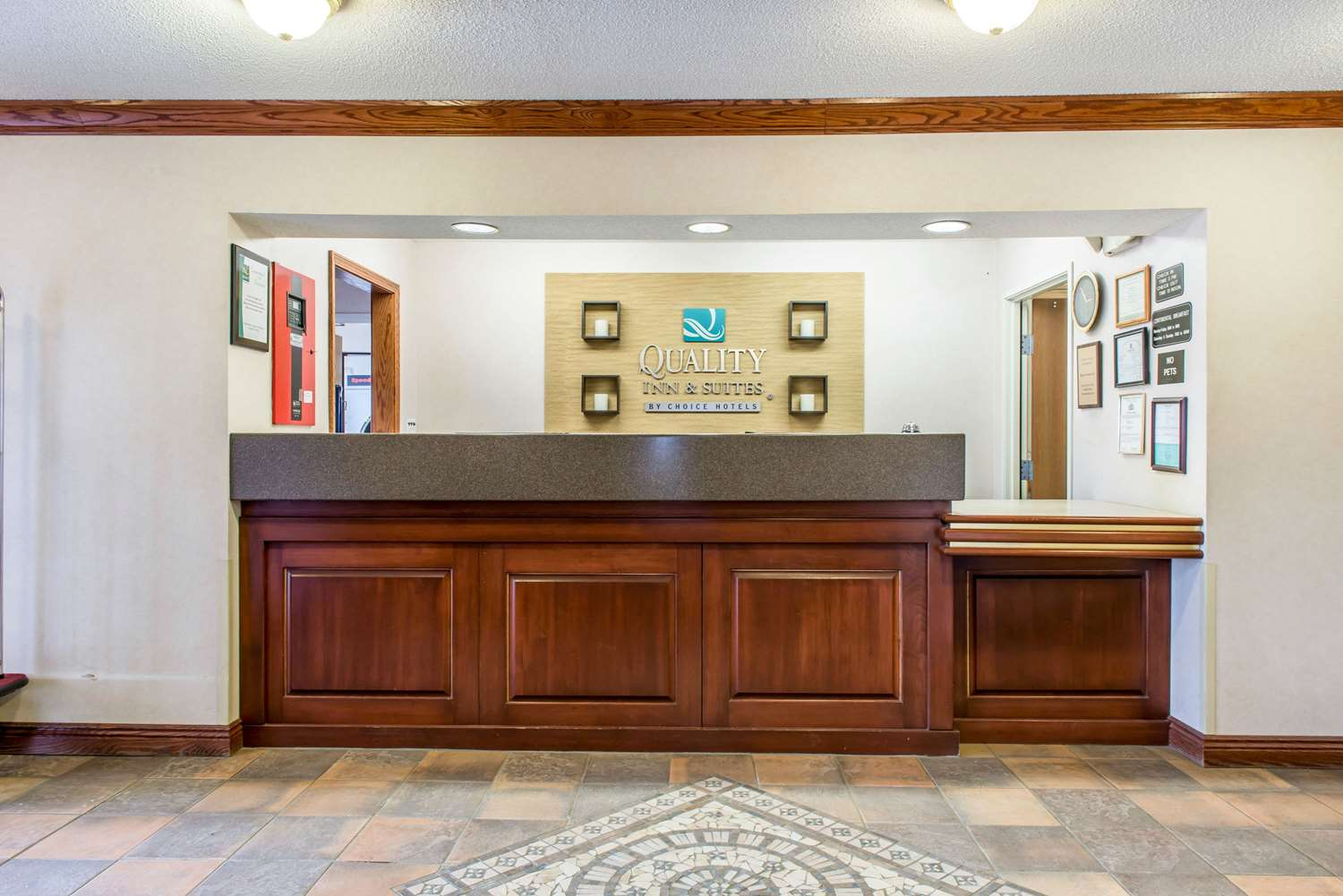 Lobby - Quality Inn & Suites Titusville