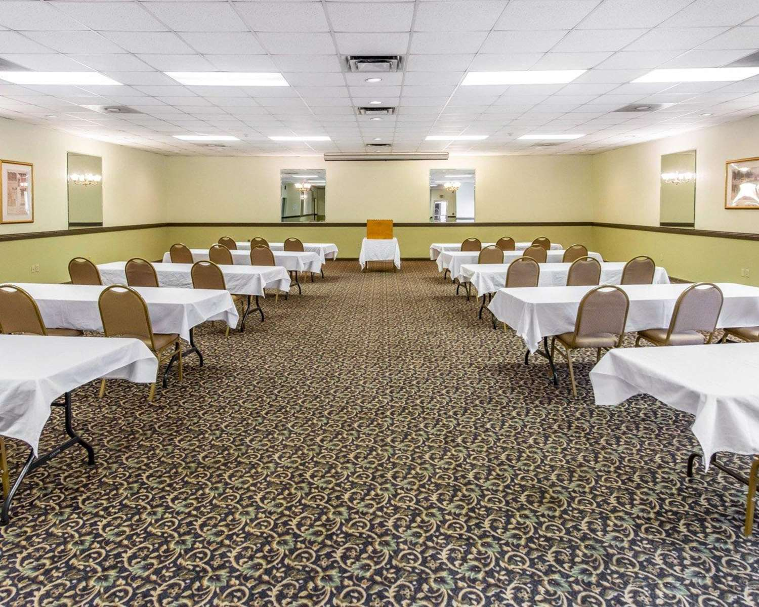 Meeting Facilities - Econo Lodge New Stanton