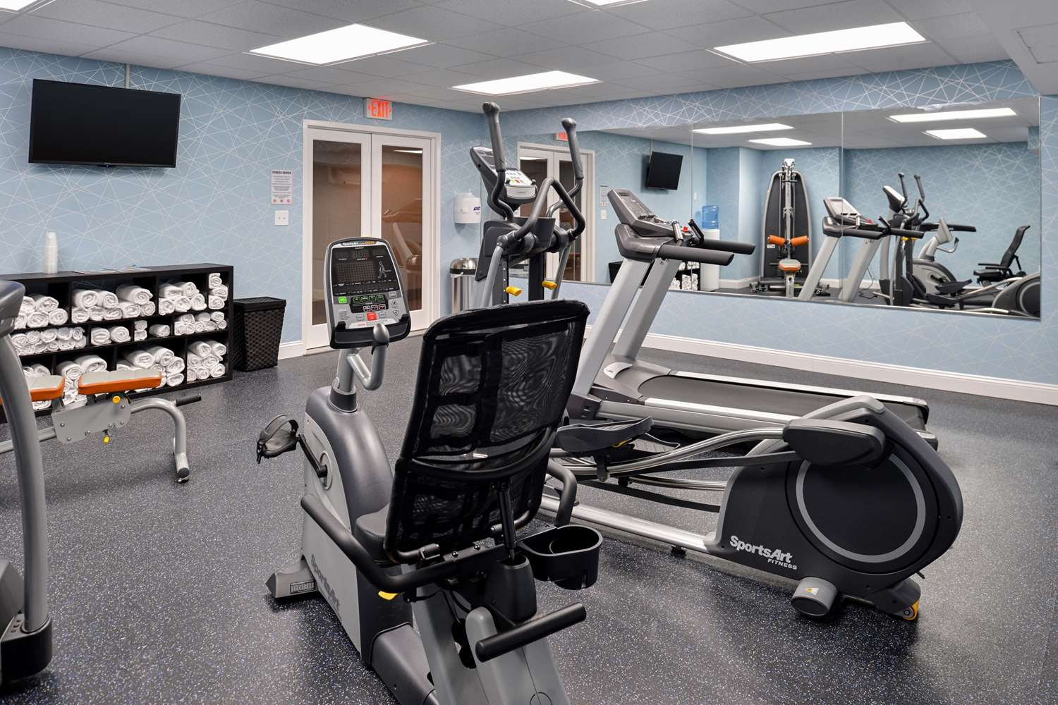 Quality Inn University Center Pittsburgh, PA - See Discounts