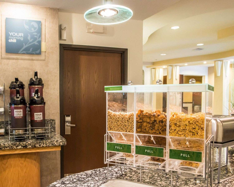 Restaurant - Comfort Suites Monroeville