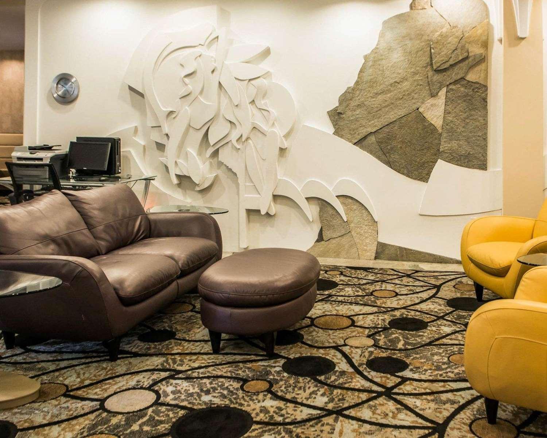 Lobby - Comfort Suites Monroeville