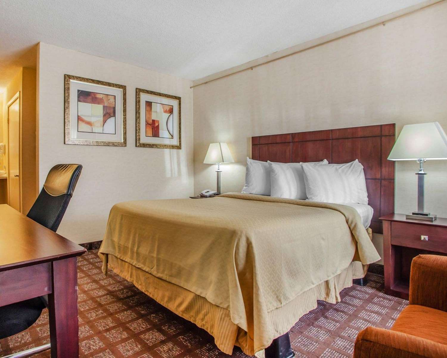 Room - Quality Inn Pottstown