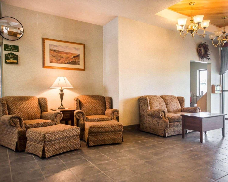 Lobby - Quality Inn New Columbia