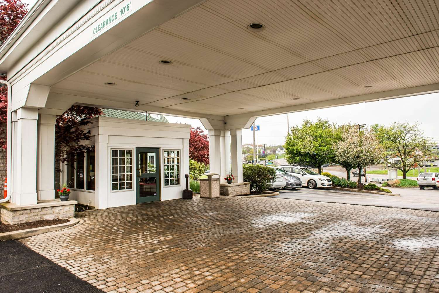 Exterior view - Quality Inn Pittsburgh Airport Oakdale