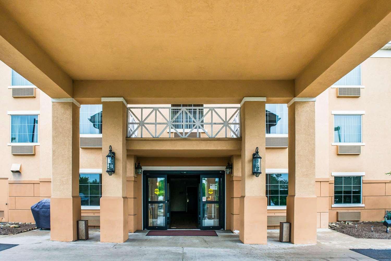 Exterior view - Comfort Inn Washington