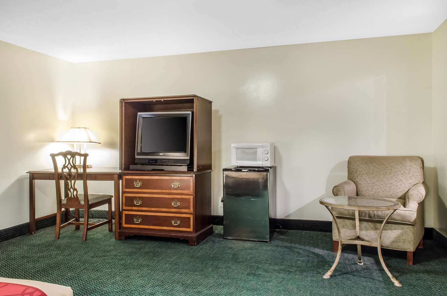 Suite - Econo Lodge Inn & Suites Denver