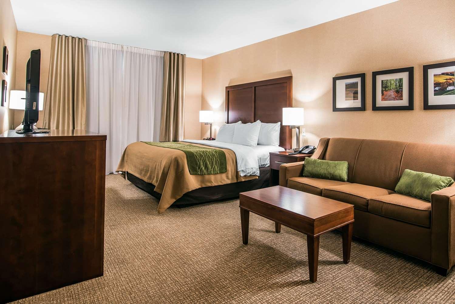 Room - Comfort Inn Towanda