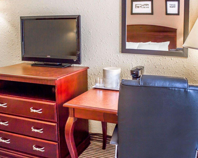 Suite - Clarion Hotel DuBois