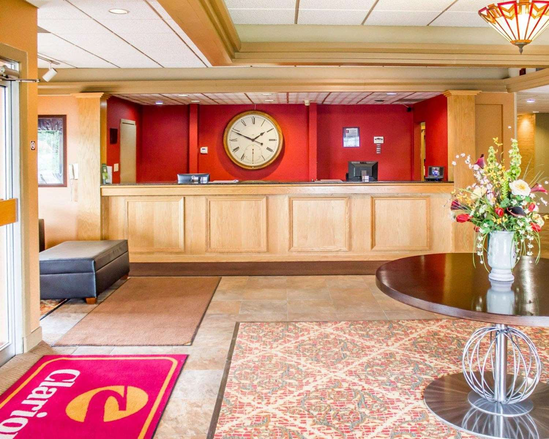 Lobby - Clarion Hotel DuBois