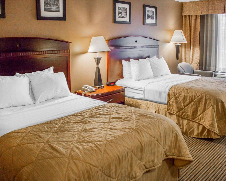 Room - Clarion Hotel DuBois