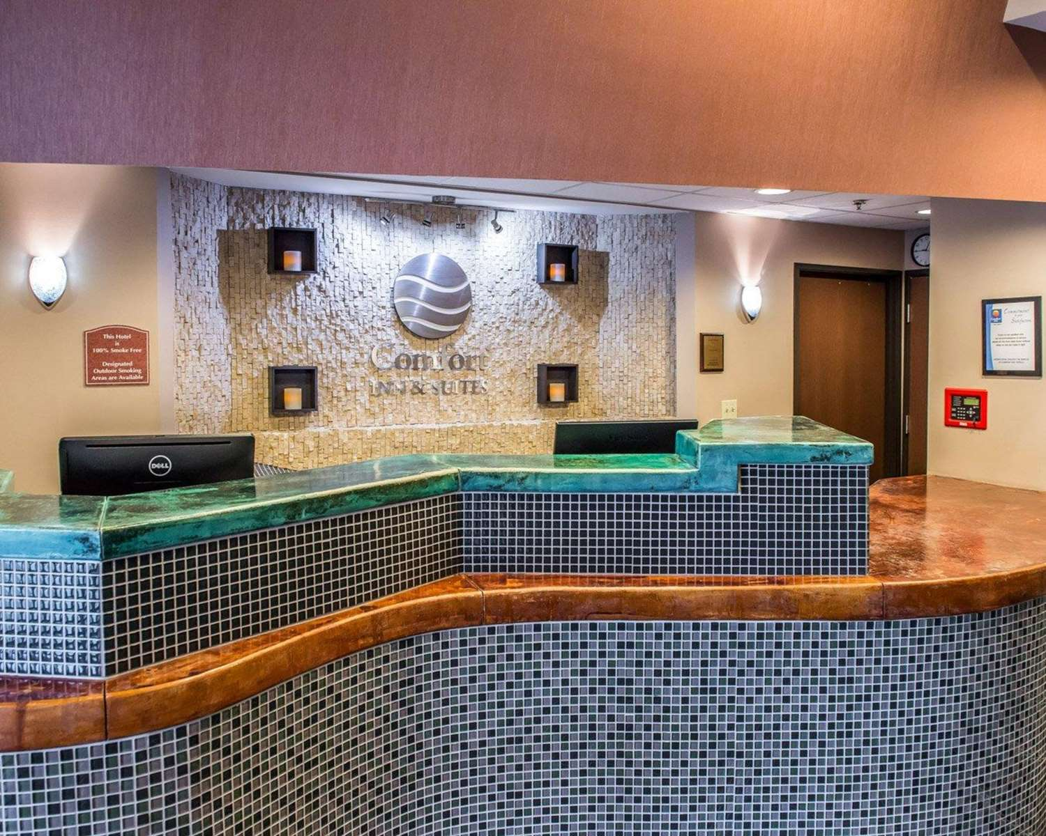 Lobby - Comfort Inn & Suites Washington