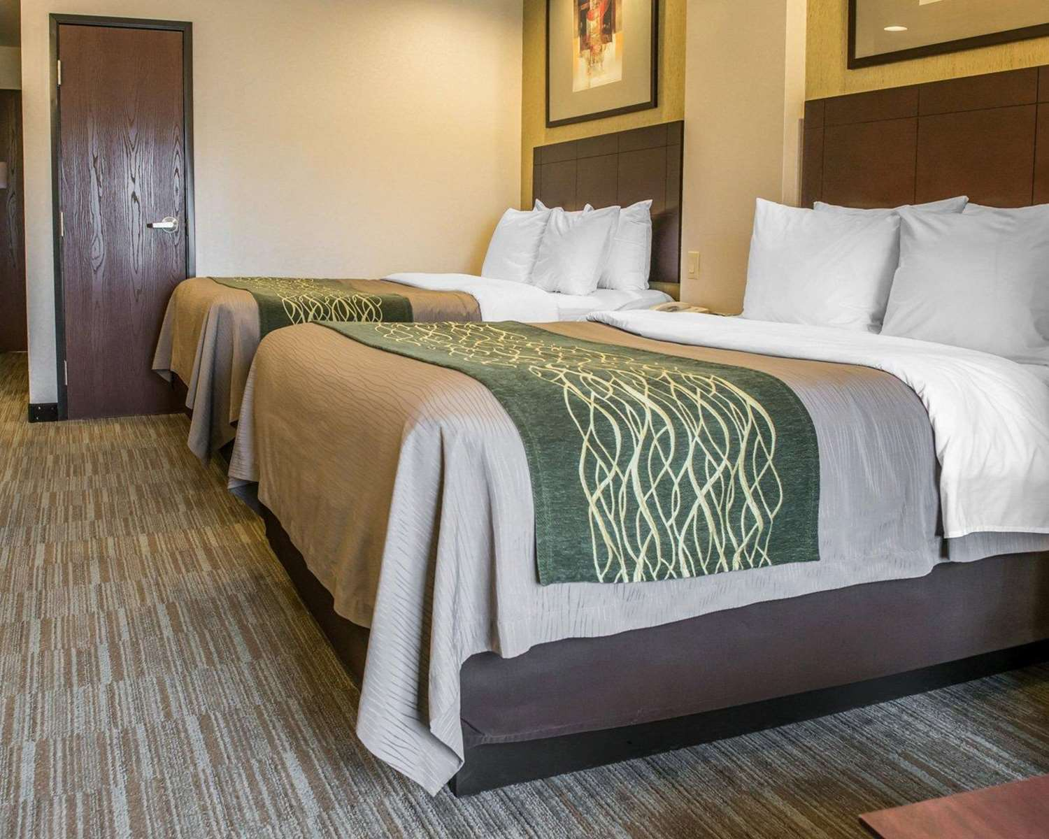 Room - Comfort Inn & Suites Washington