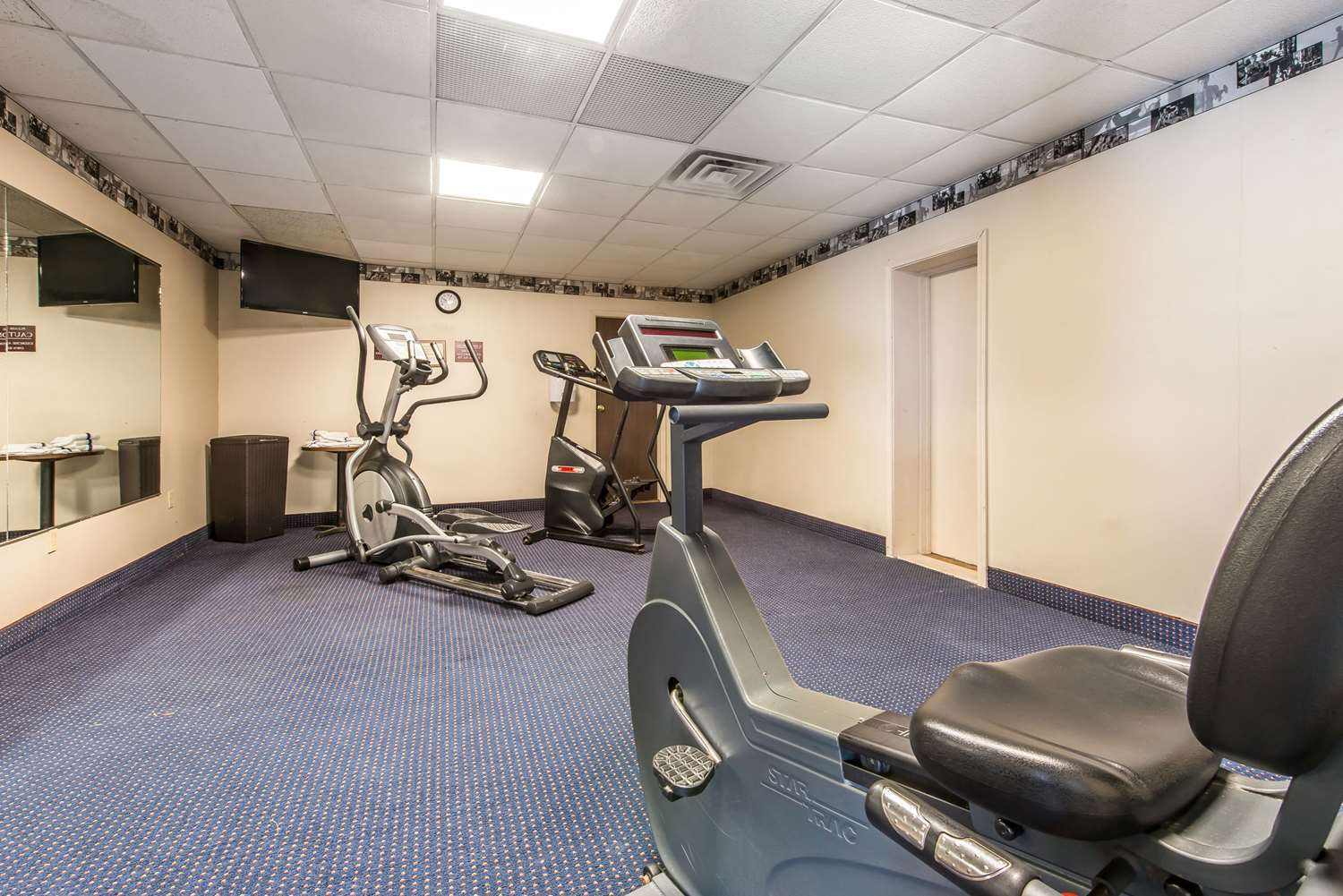 Fitness/ Exercise Room - Quality Inn & Conference Center Somerset