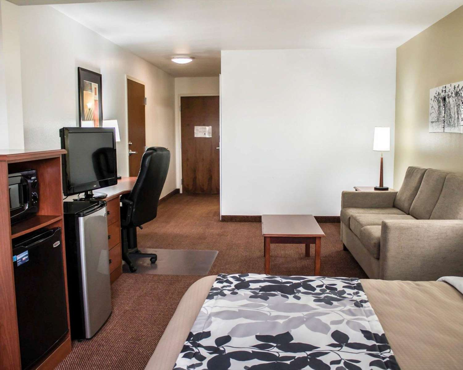 Suite - Quality Inn & Suites Chambersburg