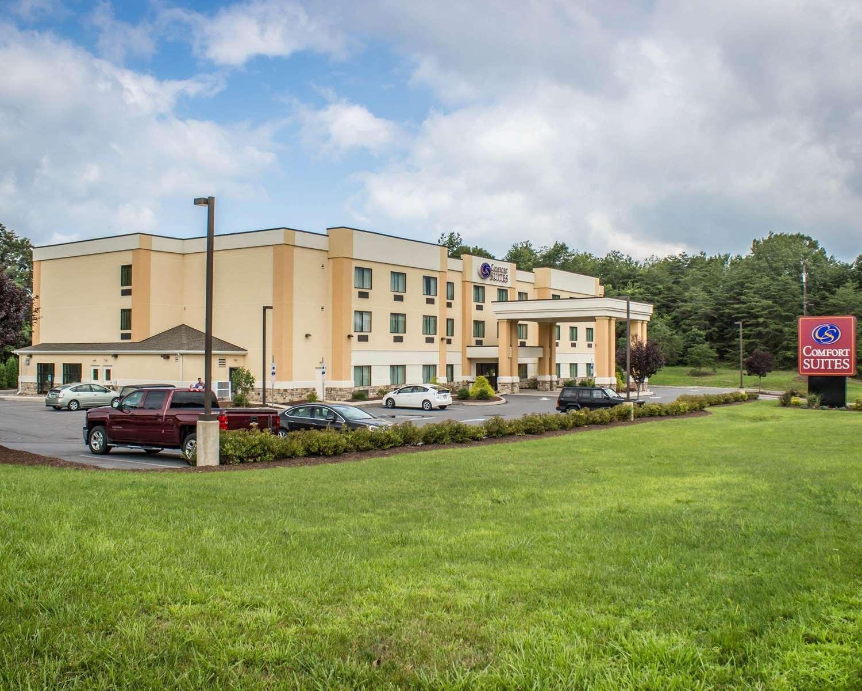 Exterior view - Comfort Suites Lewisburg