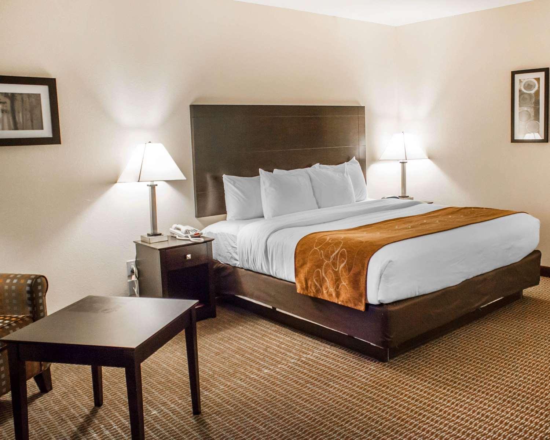 Room - Comfort Suites Lewisburg