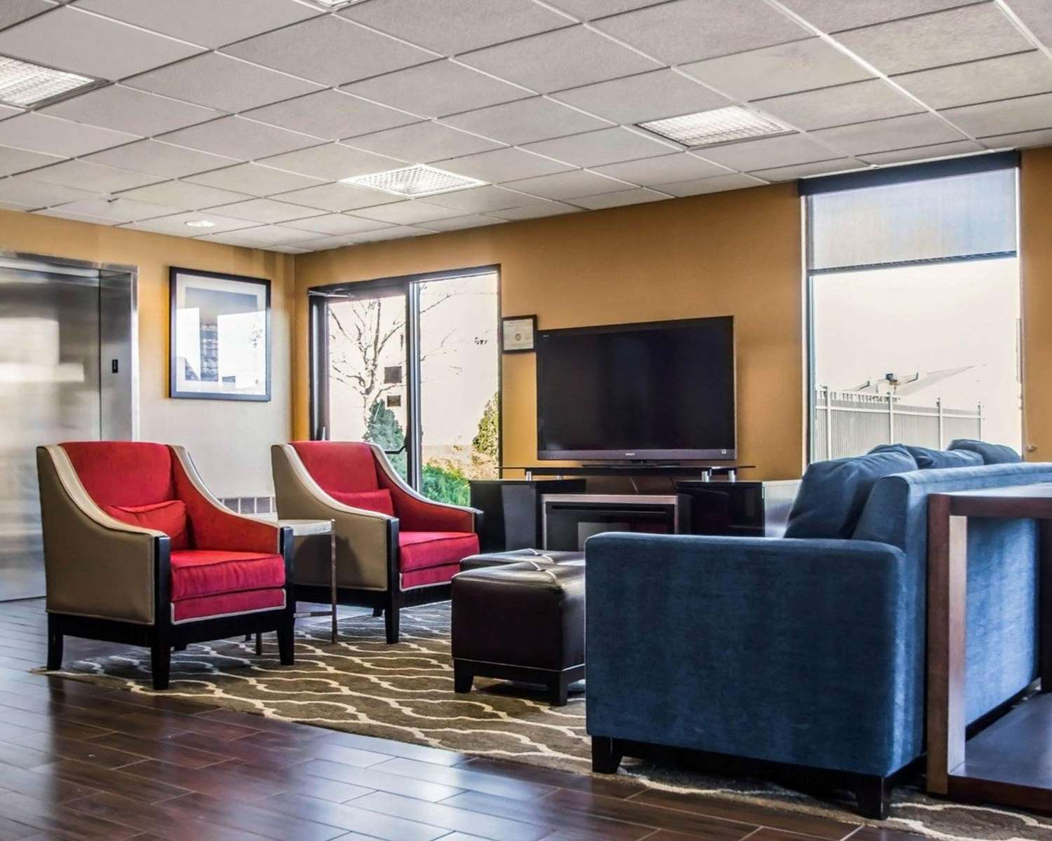 Lobby - Quality Inn & Suites Morrisville