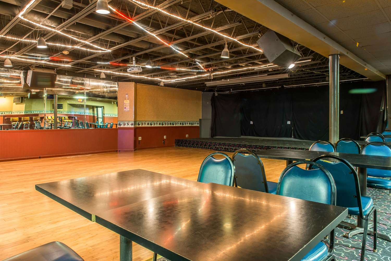 Restaurant - Quality Inn & Suites Fairview