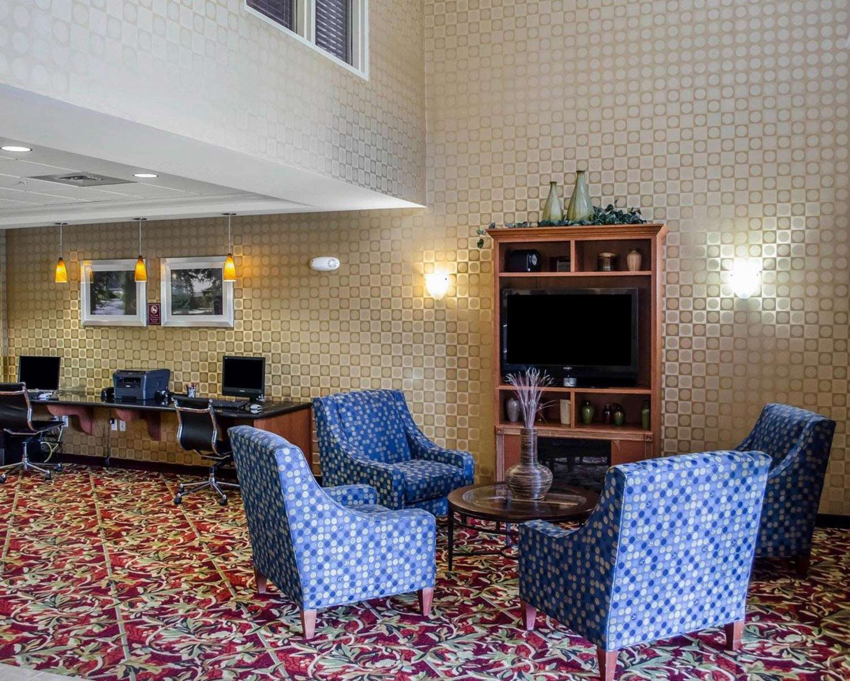 Lobby - Comfort Suites Hummelstown