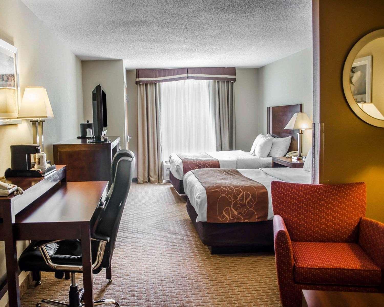 Room - Comfort Suites Hummelstown