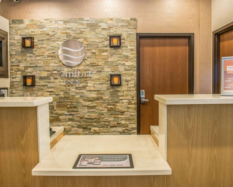 Lobby - Comfort Inn McKnight Road Pittsburgh