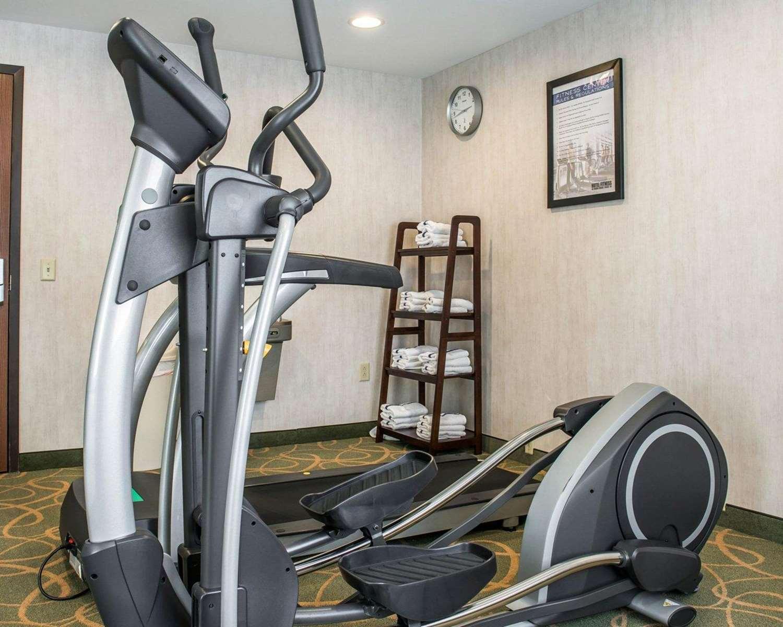 Fitness/ Exercise Room - Comfort Inn McKnight Road Pittsburgh