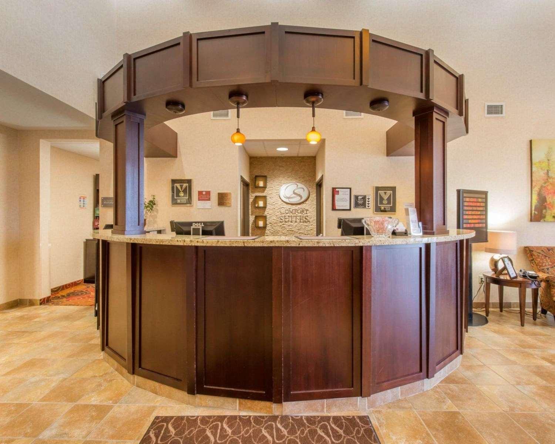 Lobby - Comfort Suites Altoona