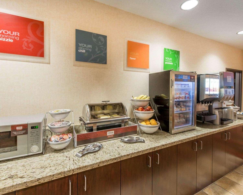 Restaurant - Comfort Suites Altoona