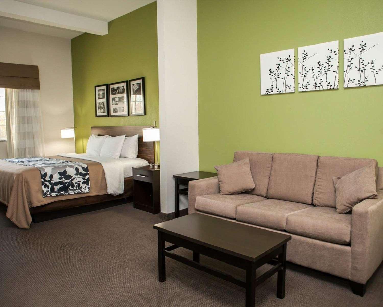 Suite - Sleep Inn & Suites Harrisburg