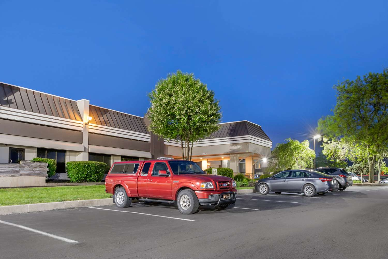 Exterior view - Clarion Hotel & Conference Center New Cumberland