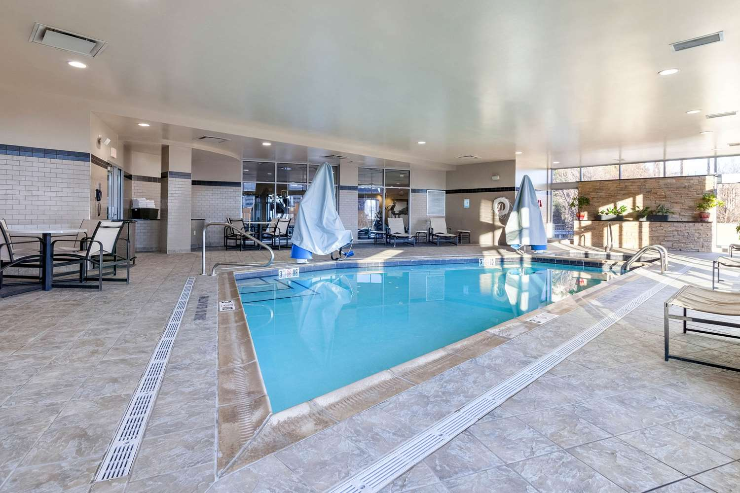 Pool - Cambria Hotels & Suites Downtown Pittsburgh