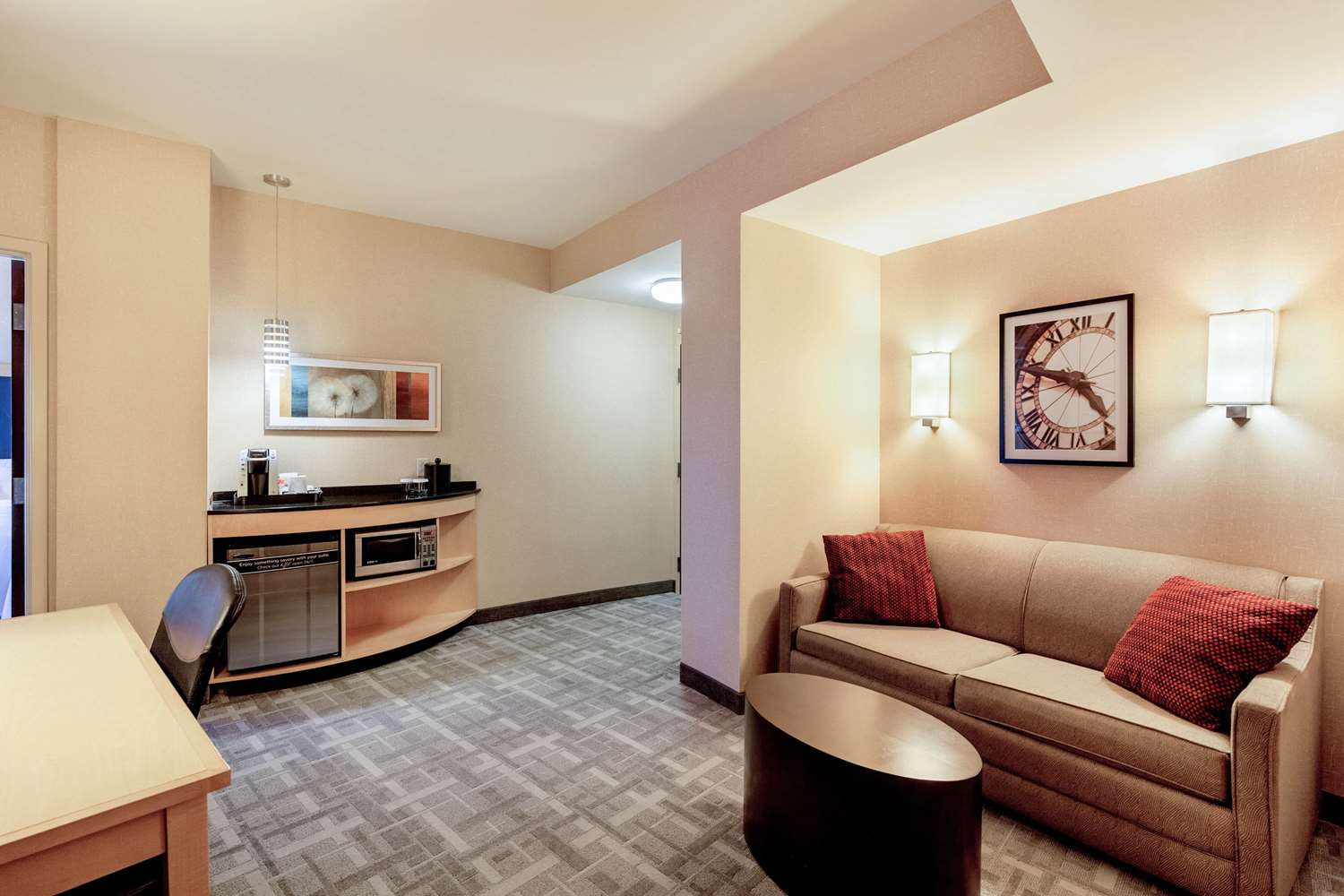 Suite - Cambria Hotels & Suites Downtown Pittsburgh