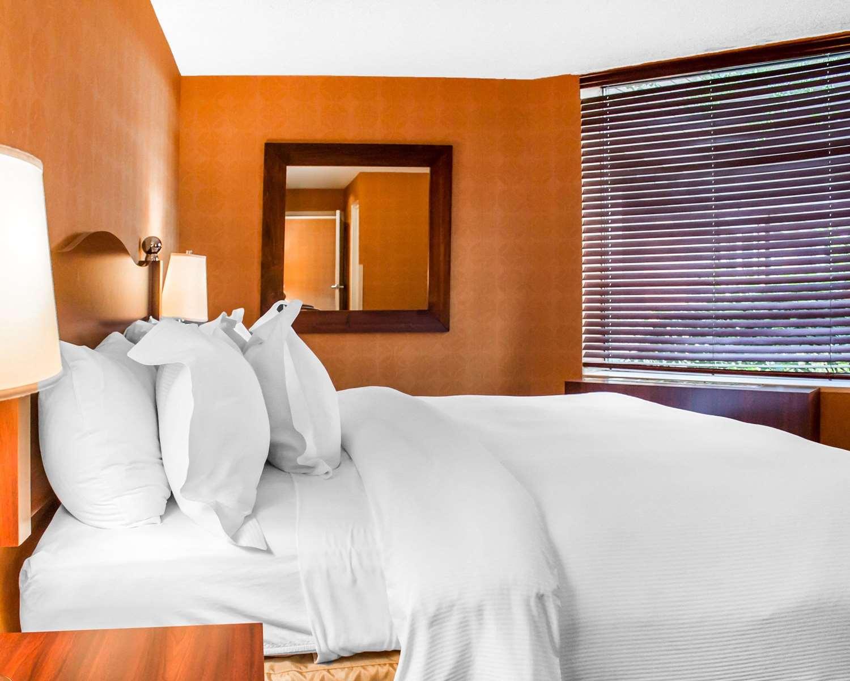 Suite - Woodlands Inn & Resort Wilkes-Barre