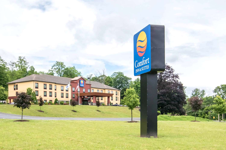 Exterior view - Comfort Inn & Suites Tunkhannock